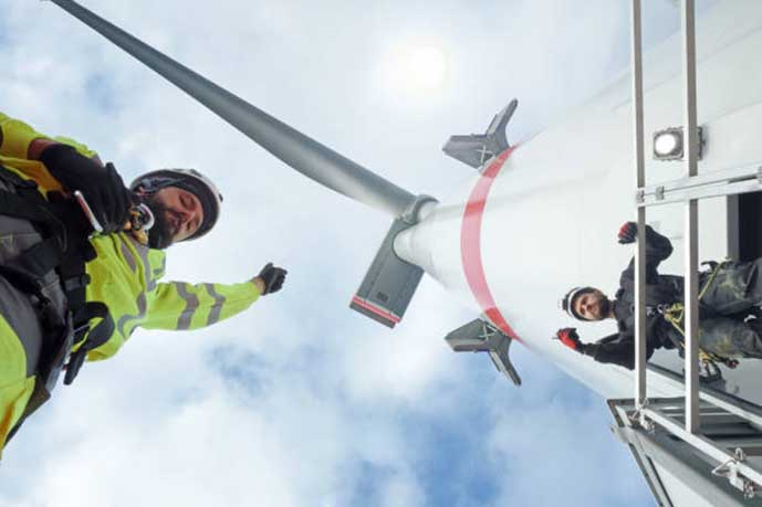 Orsted-and-Eversource-Collaborate-with-Fishing-Consortium-to-Increase-Offshore-Wind-Safety-Standards