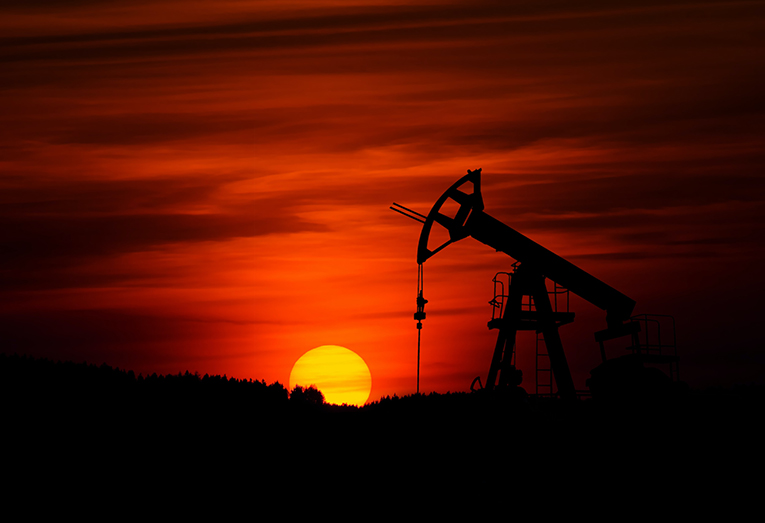 22A-natural-step22-Greenland-suspends-all-future-oil-exploration.jpg