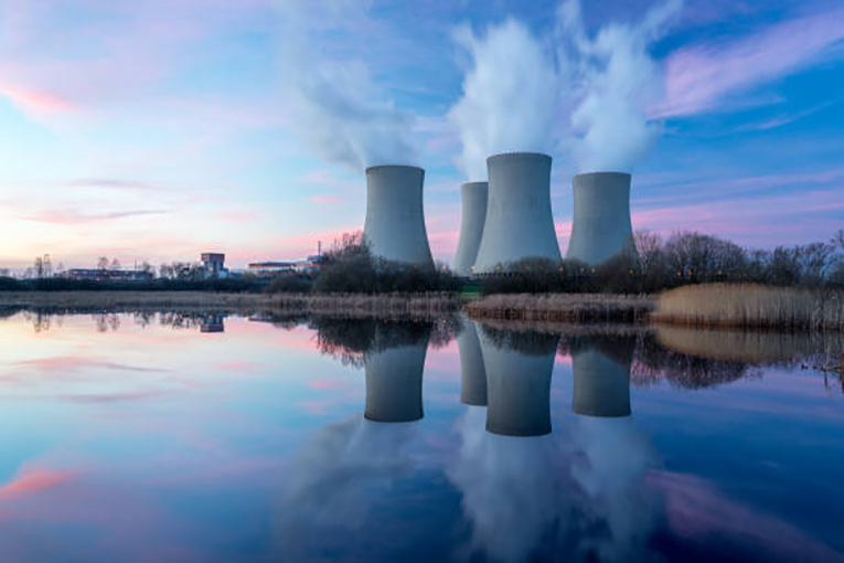 DOE-and-GE-Hitachi-team-up-to-lower-advanced-nuclear-construction-costs.jpg