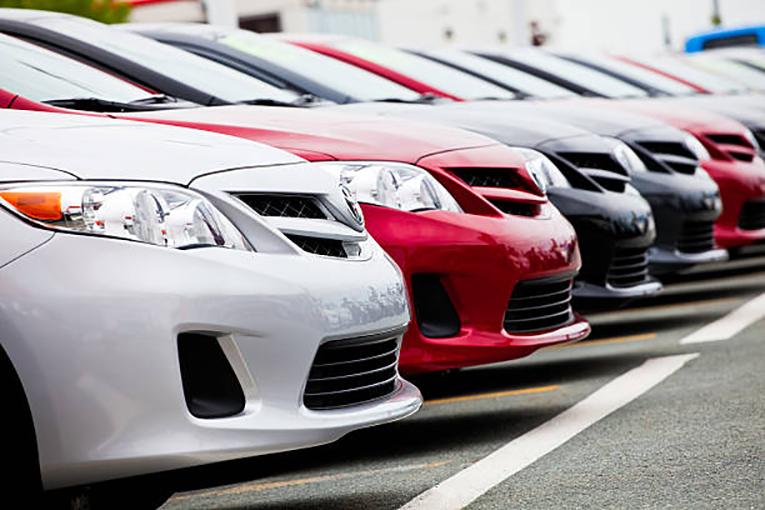 Toyota-donates-3-hybrid-vehicles-to-Owensboro-Technical-College-.jpg